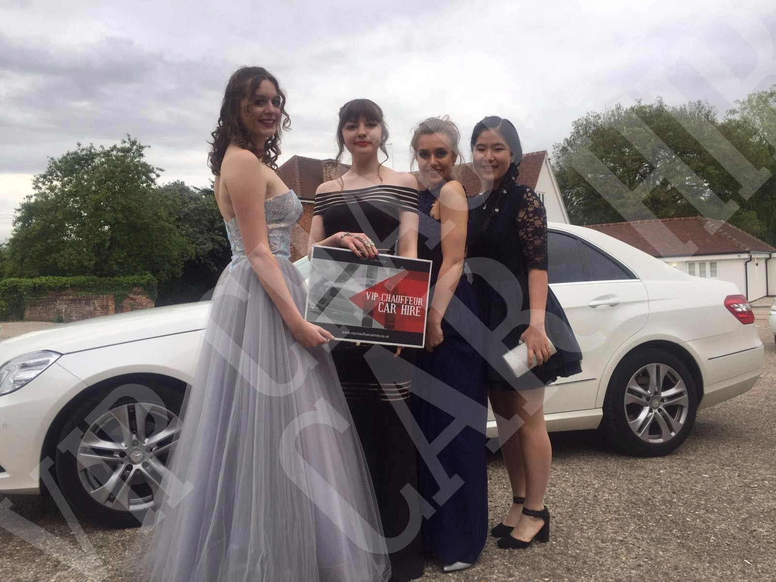 School Prom Car And Limousine Hire Vip Chauffeur Car Hire